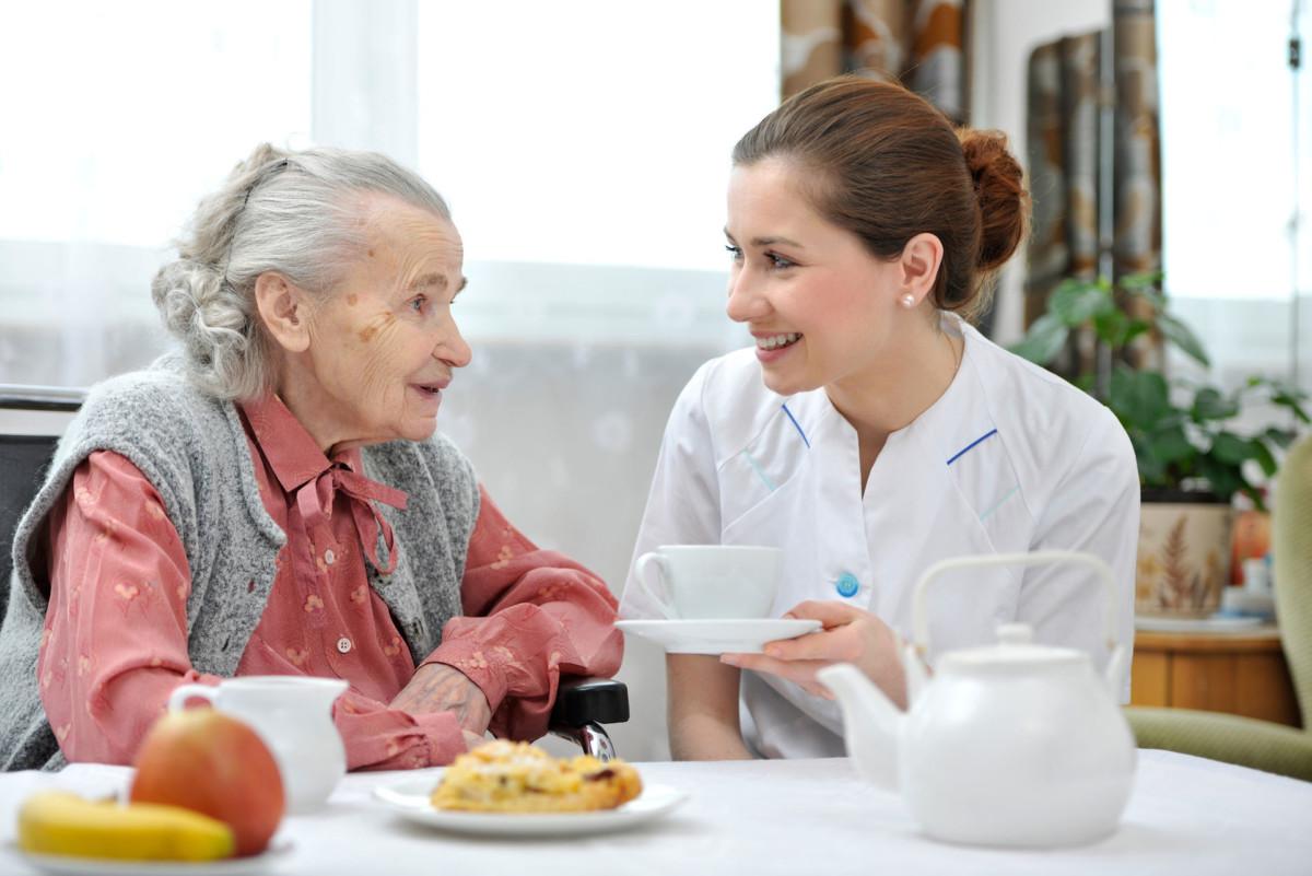 Уход при альцгеймере