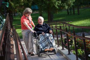 Почему выбирают наш пансионат для пожилых и инвалидов?